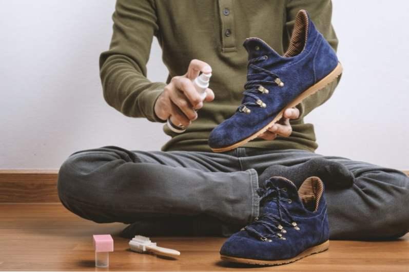 Як почистити замшу і замшеве взуття в домашніх умовах    Мода ... 92573b7142399